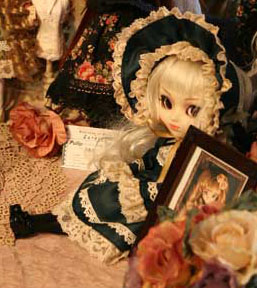 Prototype Pullip Vintage Green Lolita White Hair 2009